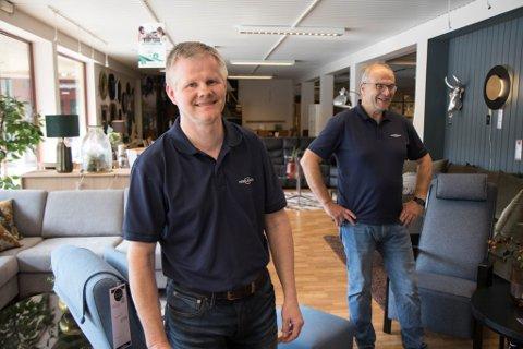 KNALLÅR: Egil Hagen (t.v.) og Svein Ove Osland kan sjå tilbake på eit knallsterkt 2020. Dei fortel at dei har god fart også i 2021.