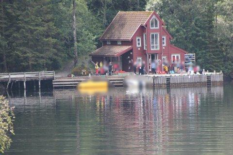 BÅTULYKKE: To båtar har kollidert i Flekke.