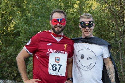 ARRANGØRANE: Erik Veum (31) og Even-Asle Simonsen (36) var dei som stod bak arrangementet: – Vi hadde ikkje klart det utan hjelp frå andre, seier dei.