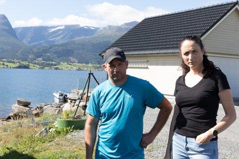FEKK NEI: Magne Ravnestad og Veronica Hauge fekk ikkje dispensasjon til å forsterke piren sin av formannskapet.