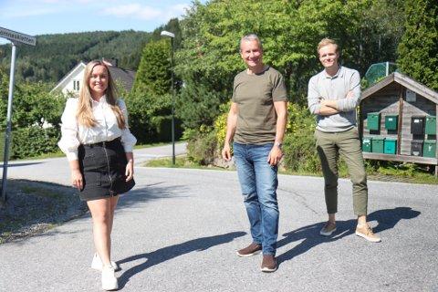 BLÅTT NABOLAG? Siri-Ann Roska, Olve Grotle og Cato Husabø Fossen er Førde-naboar. No kan Grotle følge etter «naboungane» til Stortinget.
