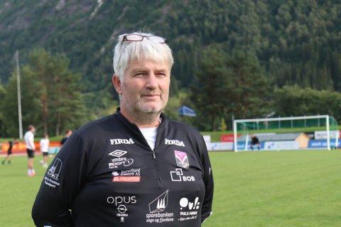 FAVORITTAR: Terje Rognsø tek ikkje sigeren på forskot, men Førde er nok storfavorittar til å vinne serien.