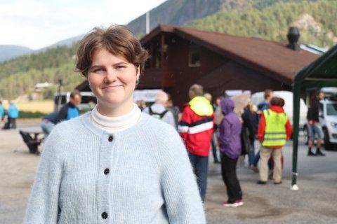 IMOT: Ronja Vallestad Årskaug trur politikarane smør over mykje av det dei eigentleg meiner.