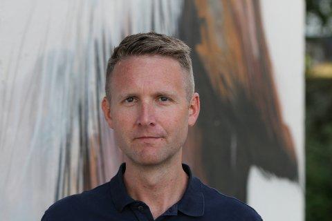 LITE SMITTE: Smittevernlege i Kinn, Kjell-Arne Nordgård, seier det er lite smitte og god vaksinedekning i regionen.