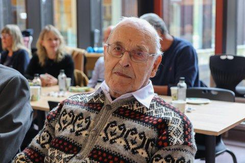 Knut Aase (87). Offisiell opning av Dingemoen skule 16.09.21