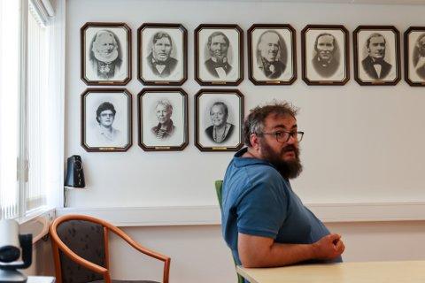 NØGD: Ordførar Ole André Klausen er nøgd med stortingsrepresentantane sin innsats for Askvoll.