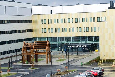 Sykehuset Østfold Kalnes, for lite allerede fra starten?