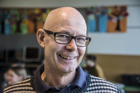 Glad: Terje Vestberg er strålende fornøyd med innsatsen til elevene. Nå håper han oppturen fortsetter.