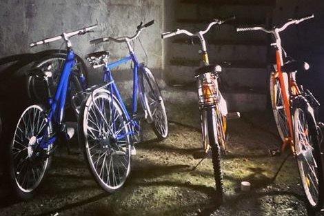 BARE Å TA: Disse syklene vil snart bli satt ut i Sarpsborg og Fredrikstad - ulåst. Deretter vil to mastergradsstudenter finne ut hva som skjer med dem.