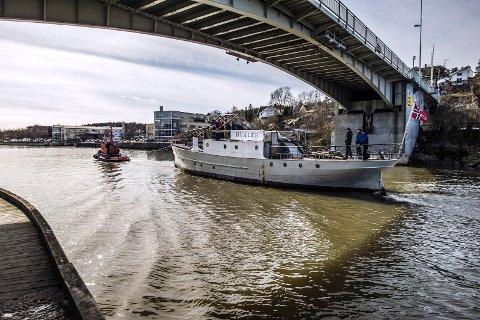 """""""D/S Hvaler"""" kan i løpet av et par dager ha fått 265.000 kroner av Fredrtikstads politikere. Arkivfoto: Geir A. Carlsson"""