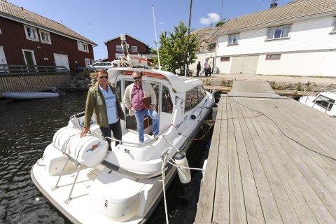 TaxibåtStrid: Taxibåteier Bjørn Ekblad vil ikke gi fra seg plassen frivillig. Til høyre advokat Dennis Brorstrøm                                                                                                                                                                     Foto: Jan erik skau