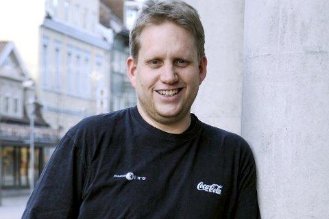 TENKER POSITIV: Kinosjef Jørgen Søderberg Jansen forteller at de vil merke koronakrisen i lang tid fremover. I 2020 et det estimert et merforbruk på 12 millioner kroner som følge av den to måneder lange nedstengingen.