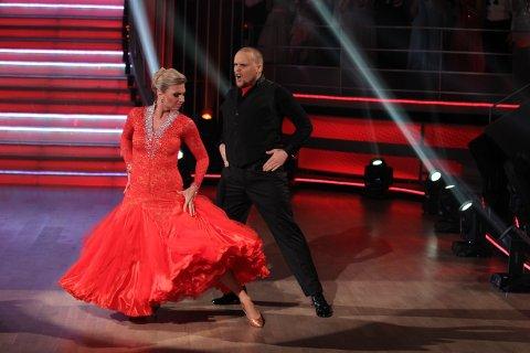 TREDJEMANN UT: Stian «Staysmann» Thorbjørnsen og dansepartner Alexandra Kakurina under kveldens Skal vi danse.