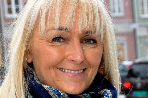 Inger Stølan Hymer takker sammen med Lino Lubiana.
