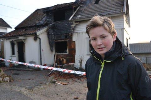 Jonas Trondvold (16) synes det er godt å tenke på at beboerne kom seg ut av det brennende huset. Snart skal han hedres på tv for heltedåden.