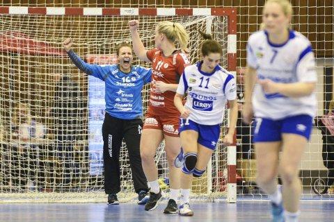 JUBEL: Jenny Sandgren og FBK har hatt mye å juble for denne sesongen. Foto: Kent Inge Olsen