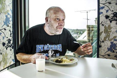 LEDER HÅNDBALLSKOLE: FBKs profilerte trener Christer Karlsson skal lede håndballskolen i høstferien. Foto: Geir A. Carlsson