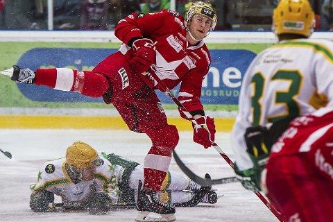 STAVANGER: Curtis Gedig banket inn mål i Stjernen-trøya, nå kan han være på vei til Stavanger Oilers.  foto: Mats Duan