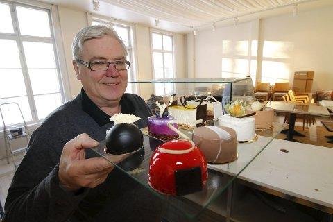 VENTER FORTSATT: Tormod Pettersen, innehaver av Kafé ØKS, venter på å komme i gang med kafé ved Østfold kunstnersenter.