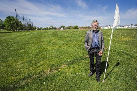 Parkering: Fredrik Ellefsen ønsker at driving rangen ved golfbanen på Østsiden åpnes for parkering under Fredrikstad Cup.                                                                                                                                                                                                                                                                                        foto geir a. carlssson