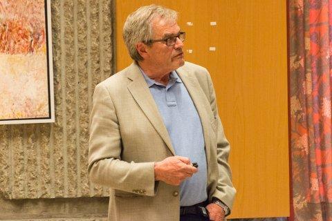 Arne Øren ble presset i flere omganger på hva snart betyr «i løpet av et par uker».