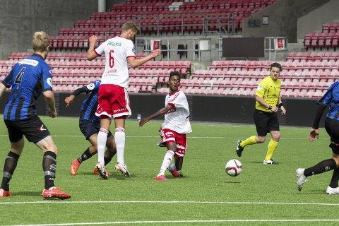 BIDRAR: Anas Farah skal hjelpe FFK-juniorene mot Skeid torsdag.