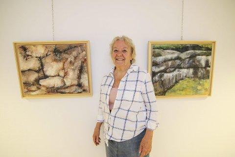 OPPTATT AV STEN: Marit Standal Skyum byr på 14 malerier med sten og vann. Alle er skapt i hennes hode.Begge foto: Thomas Hörman Arntsen