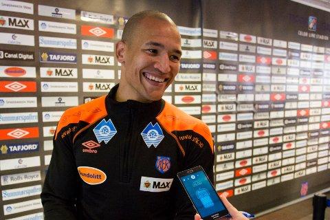 Edvard Skagestad fotografert etter en scoring for Ålesund mot Rosenborg.
