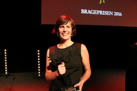"""Monica Isakstuen vant Brageprisen for hennes tredje roman, """"Vær snill med dyrene""""."""