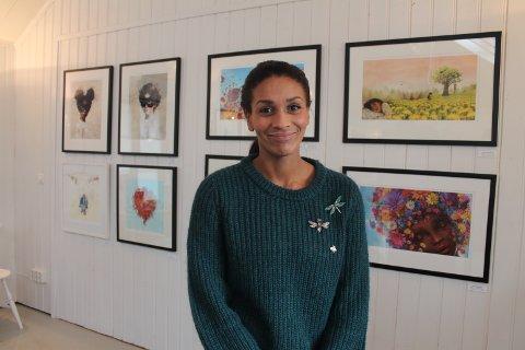 Lisa Aisato inviterte til julemarked i galleriet hennes på Skjærhalden.