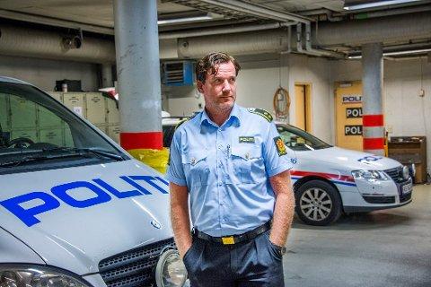 Krimsjef Rune Albertsen ved Fredrikstad politistasjon forteller at manen er siktet for flere forhold.