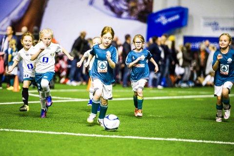 3c72fadd ... Østfold Fotballkrets · Østfoldhallen · FFK. Bred aktivitet: Anlegget  brukes til treninger for hundrevis av barn, unge og voksne hver