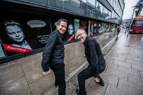 NYÅPNING: Lars Dale (t.v.) og Fredrik Ellefsen gleder seg til å åpne bokhandel i ny drakt den 2. mai.