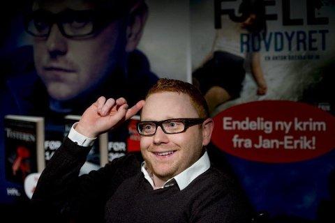 Fredrikstads egen krimkonge, Jan-Erik Fjell, har mange barndomsminner fra påskekrimmen som gikk på tv.