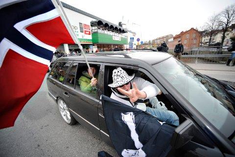 SNART PÅ PLASS IGJEN: Skjærtorsdag rykker tradisjonen tro festglade nordmenn inn i Strömstad igjen. Bildet er hentet fra et tidligere år.