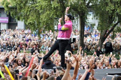 Oslo 20140620.  VG-lista topp 20 konsert på Rådhusplassen. Katastrofe, Staysman & Lazz på scenen.