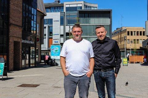 SPENT: Bjørn Viggo Nilsen (t.v.) og Geir Bakken i Installatør Gruppen AS håper de får mange søknader fra unge til det nyopprettede Installatørfondet. De skal dele ut 50.000 kroner i året, og første søknadsfrist er 10. juni.
