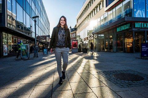 Gode erfaringer kan overføres: Sentrumsutvikler Stine Ferguson har fått revitalisert Fredrikstad sentrum. Nå foreslår svenske forskere å opprette en lignende stilling for Gamlebyen. (Arkivfoto: Geir A. Carlsson)