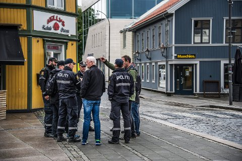 Undersøkte: Politiet ga Den Nordiske Motstandsbevegelsen tillaltelse til å demonstrere i Fredrikstad med begrunnelse i ytringsfriheten, og har senere undersøkt sentrumsgatene for å være forberedet på demonstrasjonen i sommer. Rødts nestleder angriper her FB-redaktør som så et ønske meningsmonopol hos Rødt.