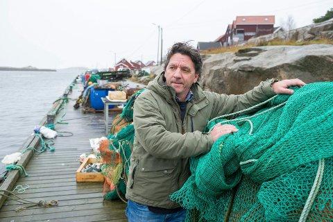 Nesten tomt: Alle reke-elskere og Kurt Allan Hansen i Fjordfisk må smøre seg med tålmodighet til fisket blir bedre. Alger hindrer trålene i å få opp rekene.