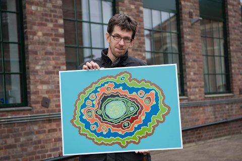 BØR MED: Kunstner Tor-Magnus Lundeby mener kunstnerne må tas med på råd når byens fremtid skal planlegges.