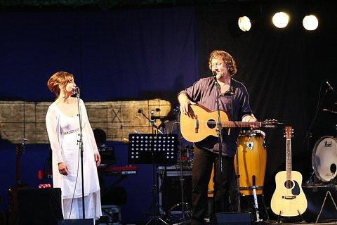 Tilbake som par: Lisa Nilsson og Bjørn Eidsvåg er tilbake på Hvaler fredag kveld. Sist gang var i 2008.
