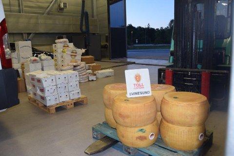 Storbeslag: Mannen forsøkte å lure 1,7 tonn matvarer inn i landet.