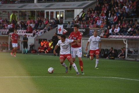 Sanel Kapidzic hadde en kjempemulighet til å sende FFK i ledelsen i 1. omgang.
