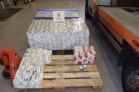 Storfangst: Tollerne beslagla 141.140 sigaretter fra en polsk bergingsbil.