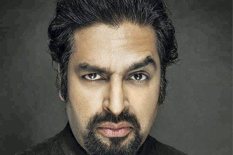 Komikeren Zahid Ali kommer til Fredrikstad.