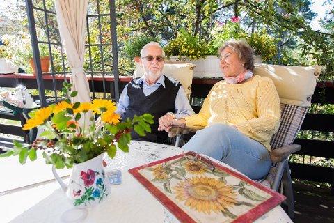 ET GODT LIV: Johan Fredrik og Eva Marie har vært gift i 55 år. Eva Marie omtaler Johan Fredrik som verdens beste mann, og hun priser seg lykkelig over at han kom frisk hjem fra sykehuset.