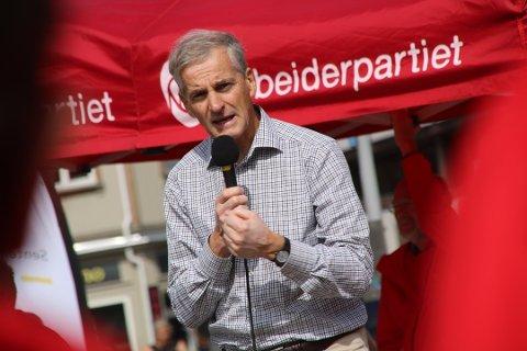 LO-leder Vidar Schei mener Jonas Gahr Støre burde lyttet til advarslene fra fagbevegelsen om å ikke flørte med Venstre og KrF.