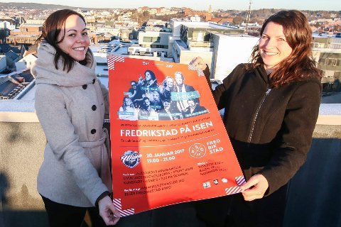Hovland sier hjertelig takk til disse damene: Irene Østbø og Åshild van Nuys fotografert da de presenterte byjubileets første store arrangement, Fredrikstad på isen.