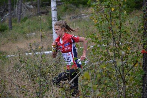 Marie Olaussen på vei mot siste post, 11 sekunder for sent til NM-gull.